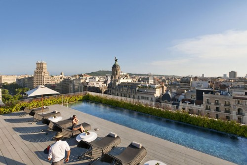 barcelona-leisure-dipping-pool-panorama-8