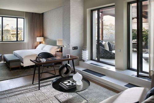 barcelona-suite-penthouse-bedroom-1