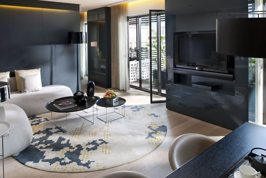 barcelona-suite-terrace-suite-living-room-1